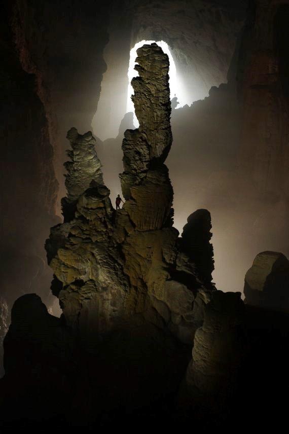 A turisták híres cseppkőképződményei miatt is szívesen látogatják