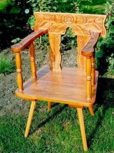faragott szék1