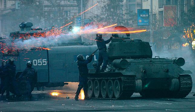 Tüntetés - Összecsapások Budapesten